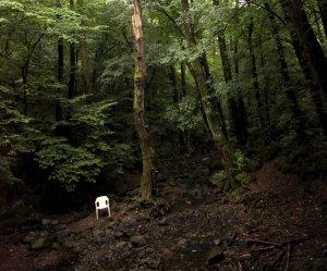 A műanyag kerti székek élete